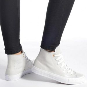 ⭐SALE⭐ NWT Converse Chuck 2 Two-Tone Leather Shoes